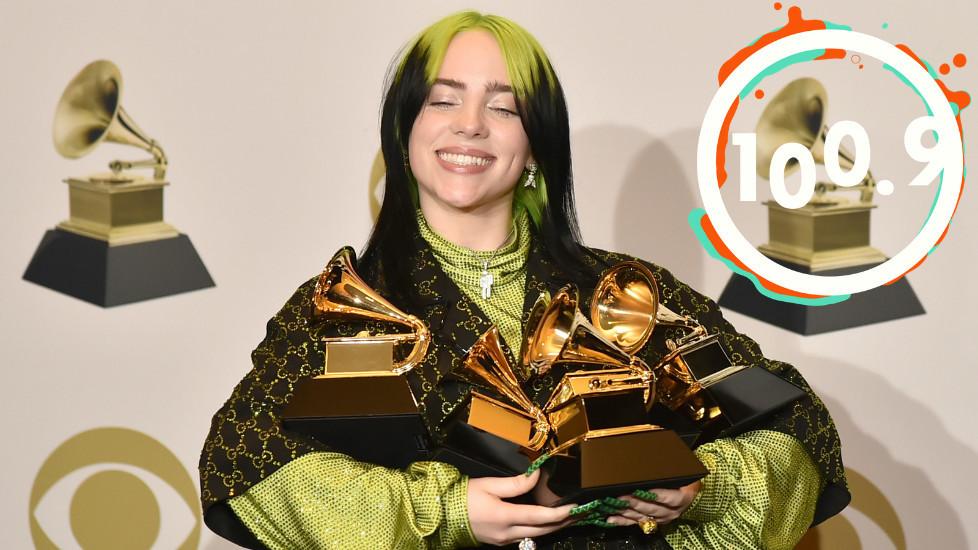 Billie Eilish le 26 janvier 2020 alors qu'elle remportait 6 Grammys dont Album de l'année.